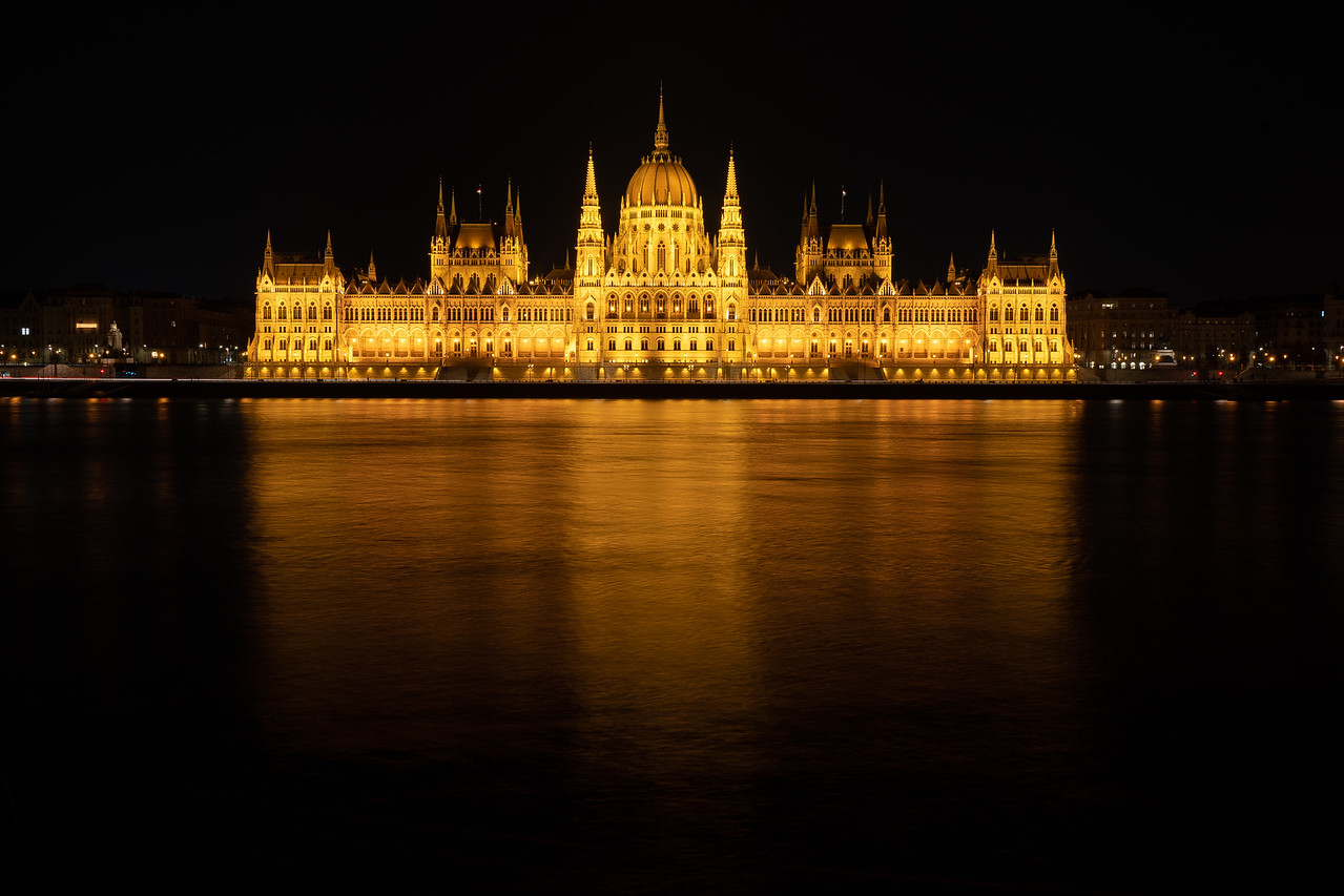 hungarian Parliament at night unedited RAW photo