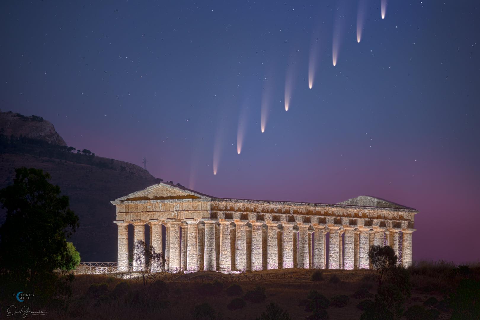 comet NEOWISE over Sicily Segesta Dario Giannobile